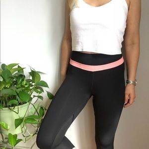 Lululemon Cropped Leggings 4